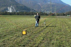 Sensor zur Messung der elektrischen Feldstärke